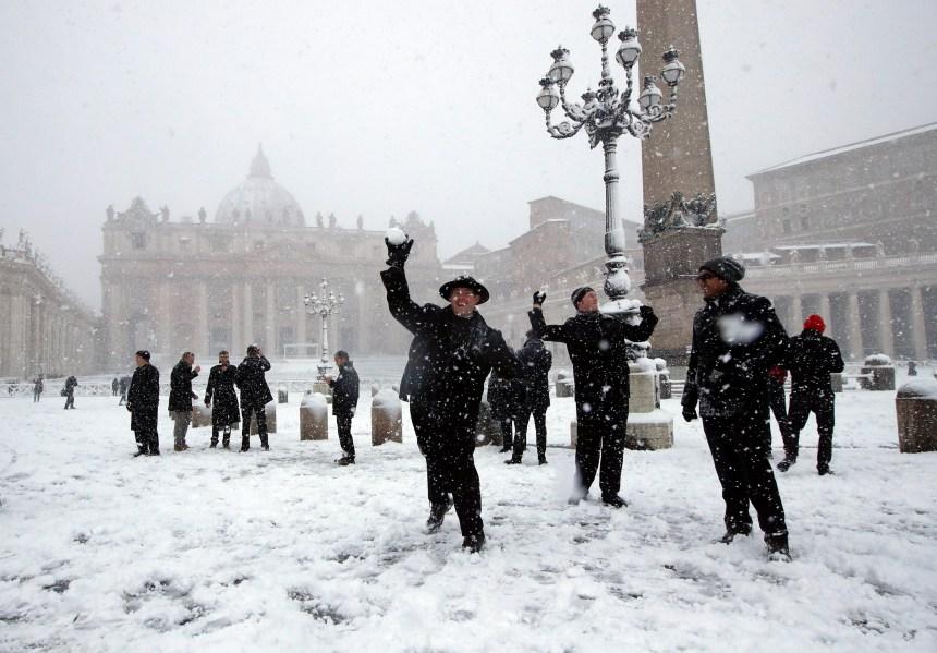 Bataille de boules de neige au Circus Maximus à Rome