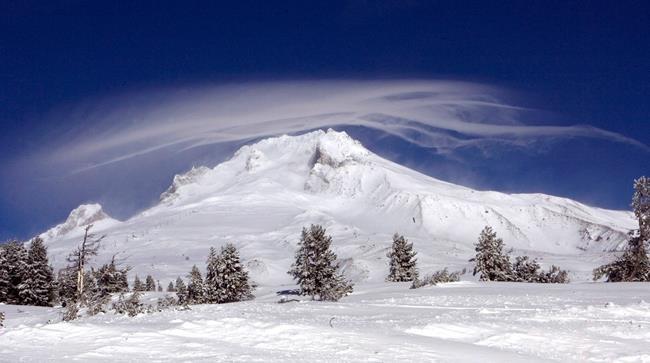 États-Unis: Un alpiniste mort et d'autres secourus au mont Hood