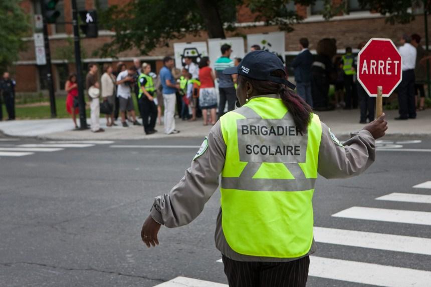 Ensemble Montréal demande plus de brigadiers scolaires