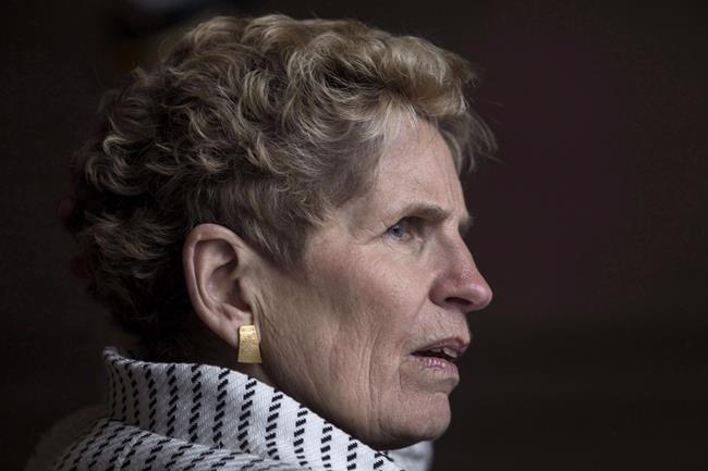 L'Ontario s'attaque à l'écart salarial homme-femme