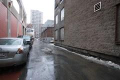 Interdiction de nouveaux stationnements dans les ruelles: une solution pour Parc-Extension?