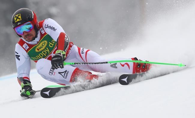 Hirscher encore champion du slalom géant