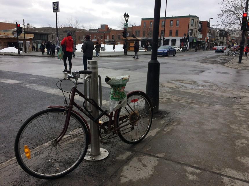 Davantage de supports à vélo demandés dans le Plateau