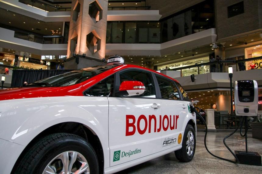 Des taxis électriques chinois à Montréal