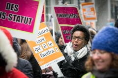 Des femmes dans les rues de Montréal pour revendiquer l'égalité