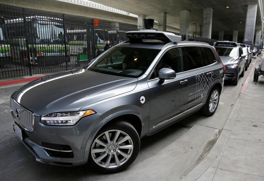 Accident mortel en Arizona: Un «frein» pour les véhicules autonomes