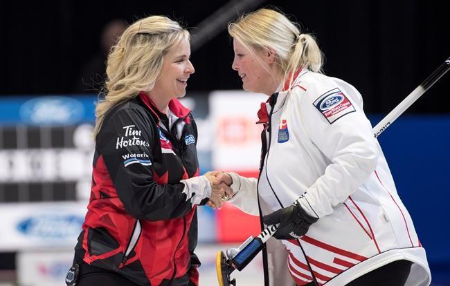 Le Canada demeure invaincu au Mondial de curling