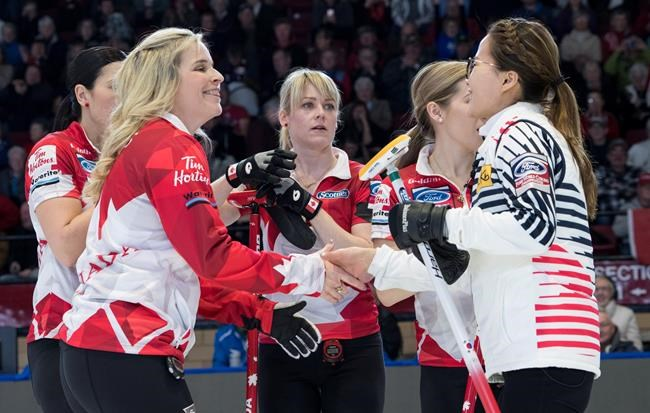 Curling féminin: le Canada reste invaincu