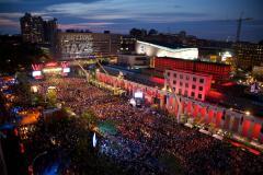 Montréal surveillera le bruit en «temps réel» dans le Quartier des spectacles