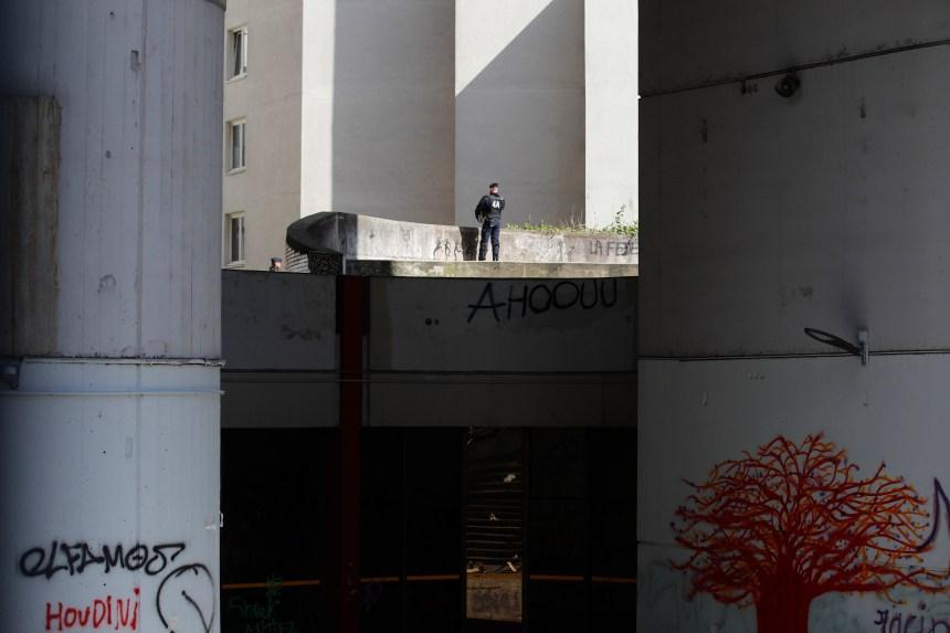 La police française déloge des grévistes étudiants