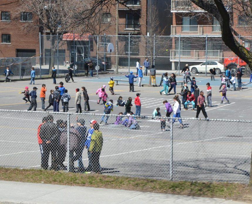 Les écoles devront offrir deux périodes de récréation d'au moins 20 minutes dès la rentrée