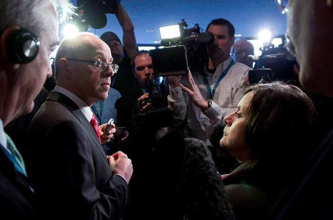 Antibiotiques: un ministre  sonne l'alarme