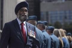 Des policiers en turban et en hijab à Montréal?