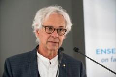 Le Dr Gilles Julien s'excuse pour ses «maladresses»