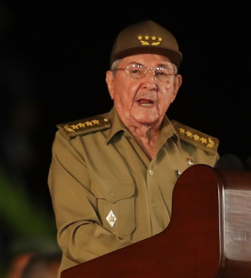 Raúl Castro laisse libertés et problèmes en héritage