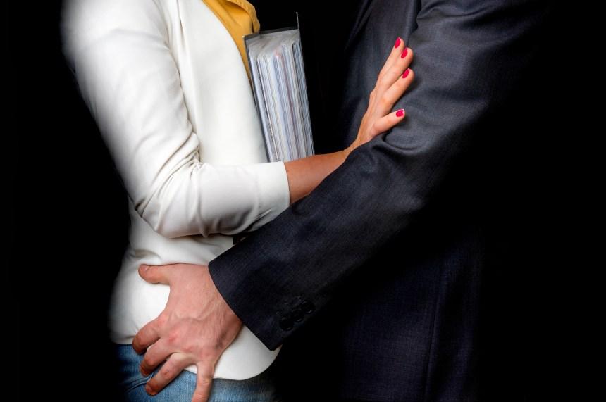 Politique de prévention du harcèlement obligatoire au Québec