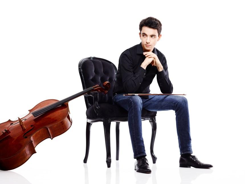 Stradivarius et eux