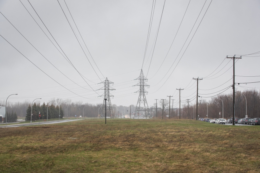 Les vents causent des pannes d'électricité
