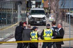 Toronto: dix personnes tuées par une camionnette