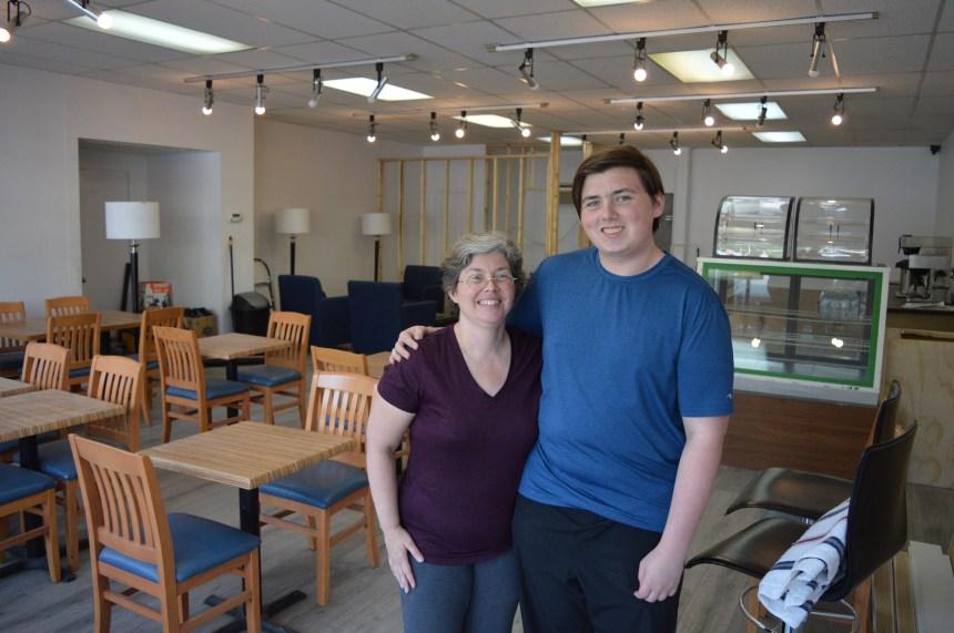 Un ado et sa mère ouvrent un café bistrot dans le Vieux-Pointe-aux-Trembles