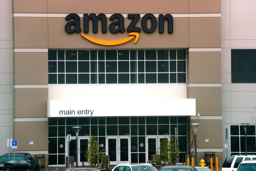 Amazon choisit deux sites pour son second siège social