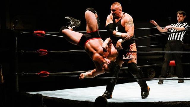 Les enragés du ring: lever le voile sur la lutte