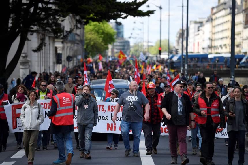 Les travailleurs du monde fêtent le 1er mai