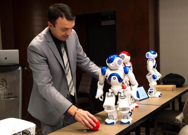Un robot humanoïde aide dans des classes du Québec