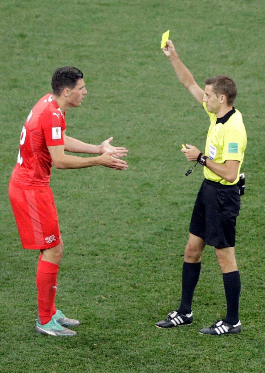La Suisse annule et perd deux défenseurs-clé