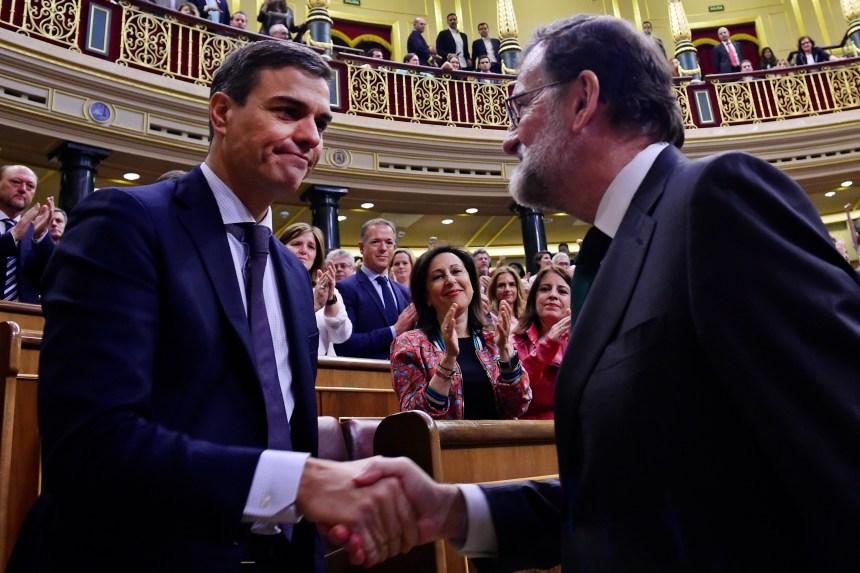 Pedro Sanchez chasse Mariano Rajoy de la présidence d'Espagne