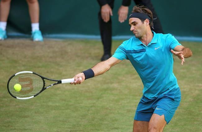 Federer vient à bout de Paire à Halle
