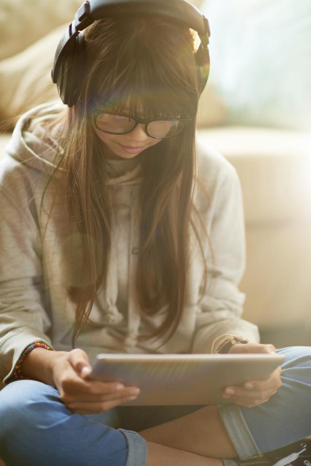 L'insomnie et la dépression chez les ados pourraient être liées au temps passé sur les écrans