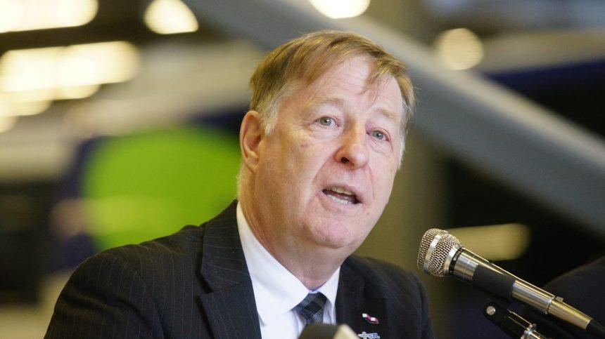 Déneigement: le maire de Laval Marc Demers durement critiqué