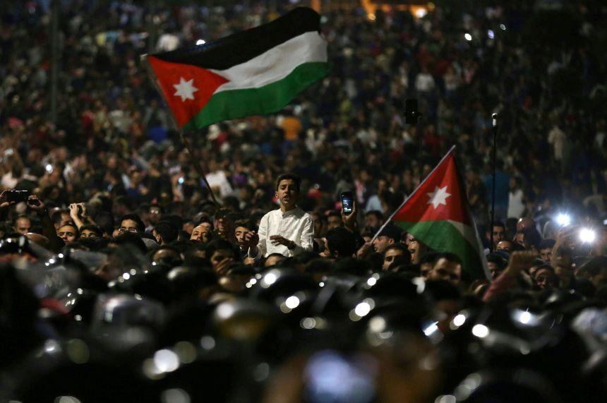 Jordanie: La grogne monte face aux hausses des prix et de l'impôt