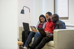 Comment Slack réussi à avoir 34,3% de femmes à des postes tech