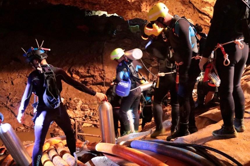 Grotte en Thaïlande: 8 jeunes sur 13 ont été secourus