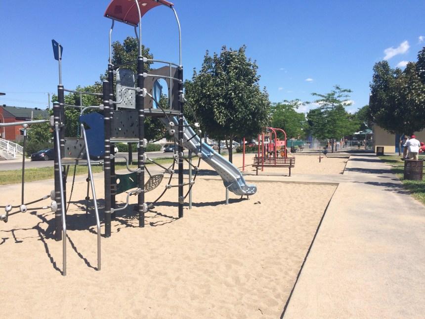 Des citoyens se plaignent d'incidents racistes survenus au parc du Bocage