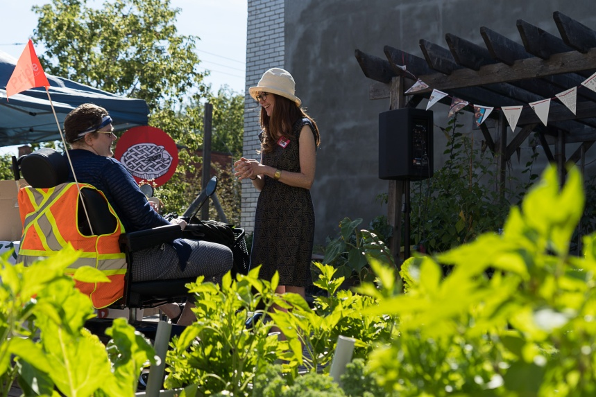 Des jardins urbains plus accessibles au Santropol Roulant