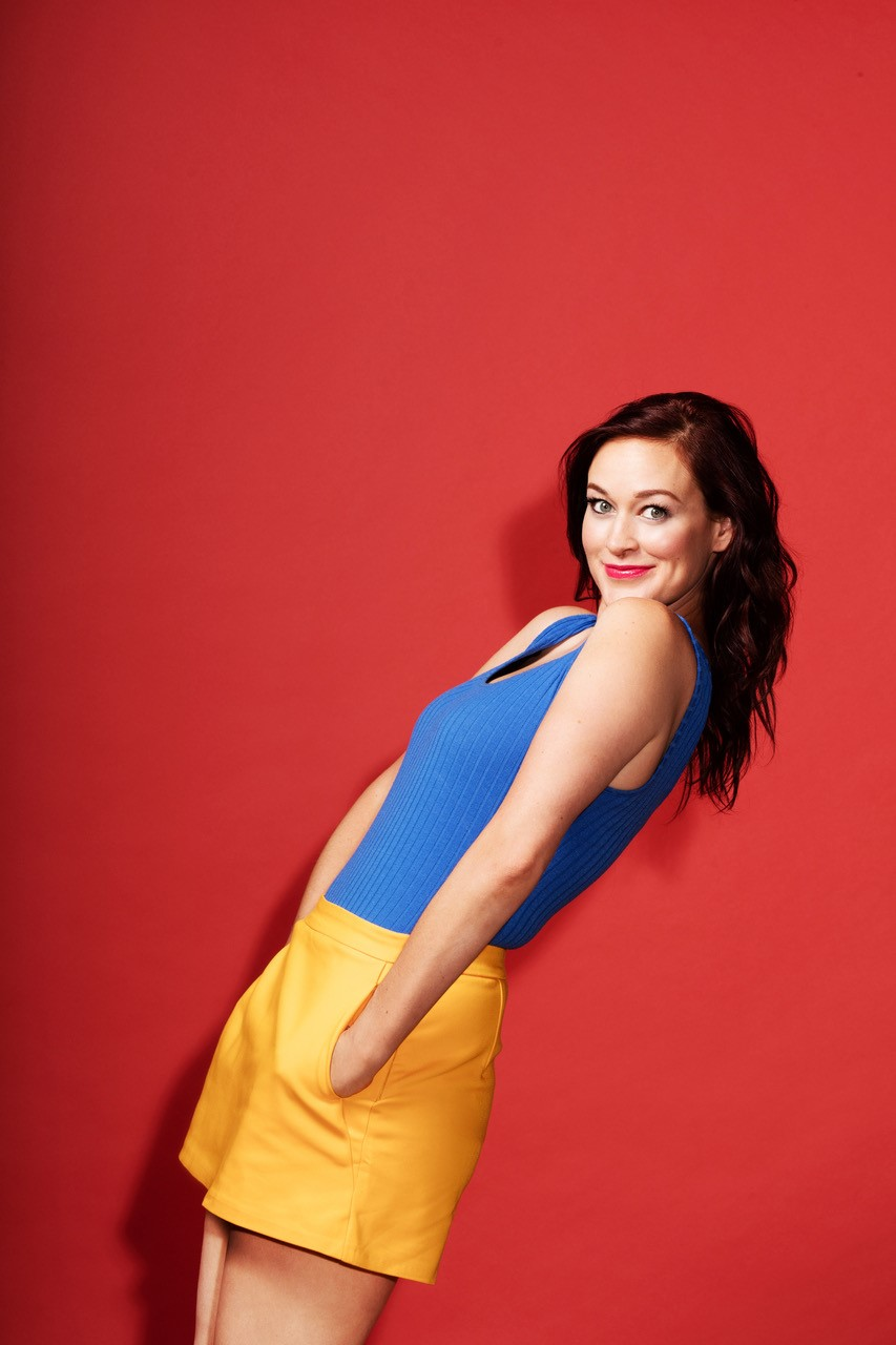 Mamrie Hart à Just For Laughs: «Je suis une actrice qui prétend faire du stand up»