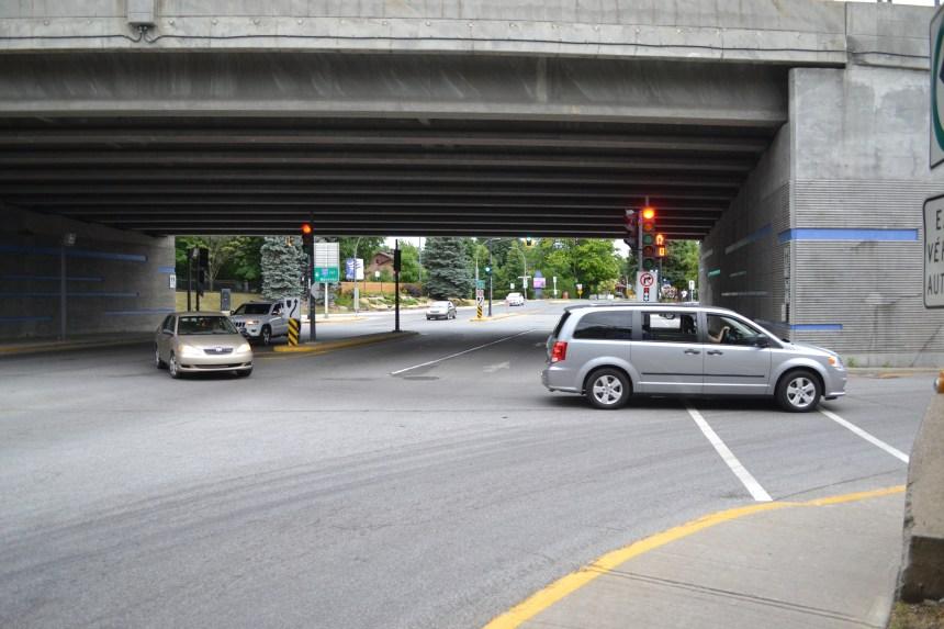 Fini le virage à gauche pour l'A-20 ouest à Sainte-Anne-de-Bellevue