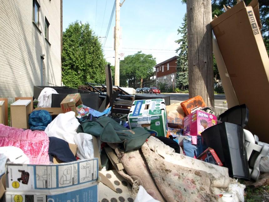 Une montagne de déchets dans Rosemont