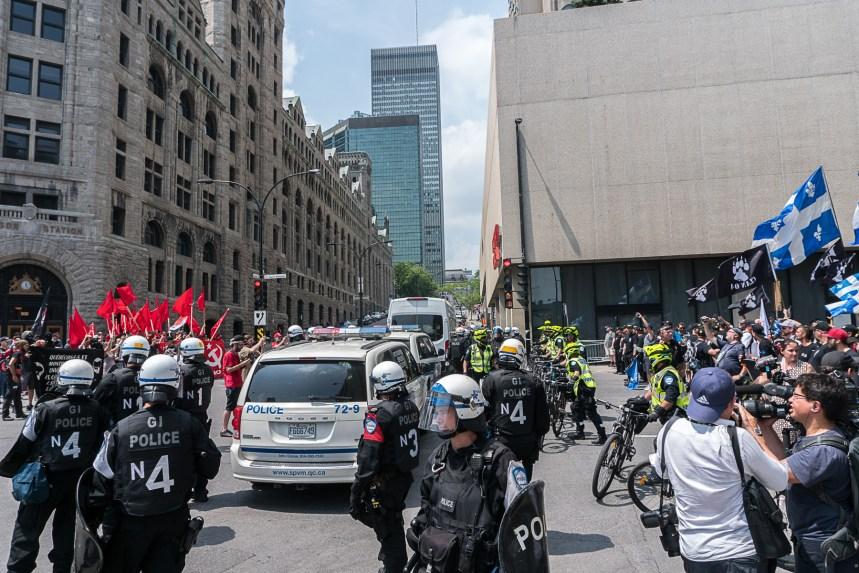 Des groupes identitaires manifestent à Montréal
