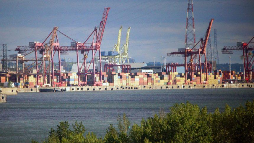 Coronavirus: des moments «difficiles» à prévoir au Port de Montréal