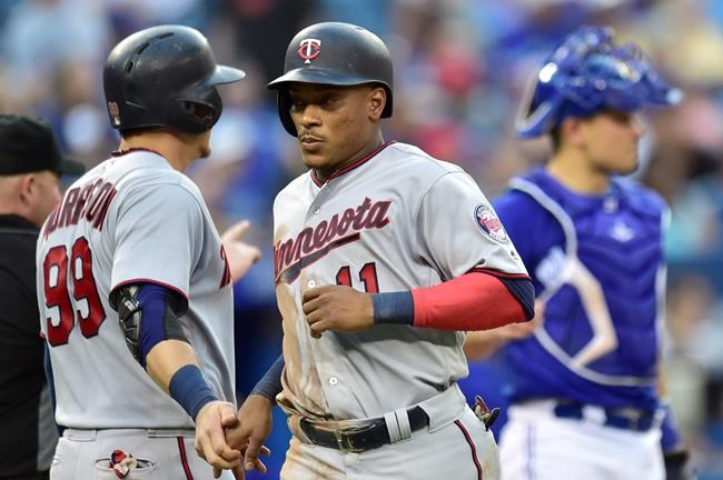Les Twins battent les Blue Jays 12-6 en 11 manches