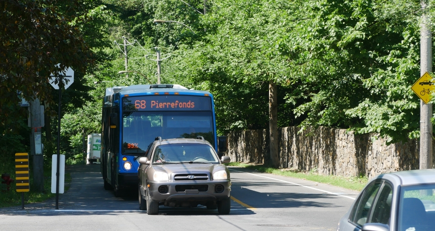 Gouin Ouest: une piste cyclable au lieu de trottoirs?