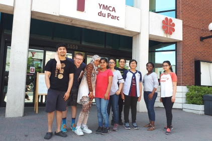 Des jeunes créent leur entreprise collective pour l'été