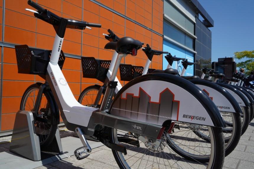 Pas de jumeaux montréalais pour les vélos électriques lavallois