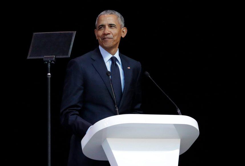 Obama dénonce Trump lors d'un hommage à Nelson Mandela