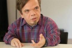 Pornographie juvénile: 15 mois de prison pour Paul Cagelet