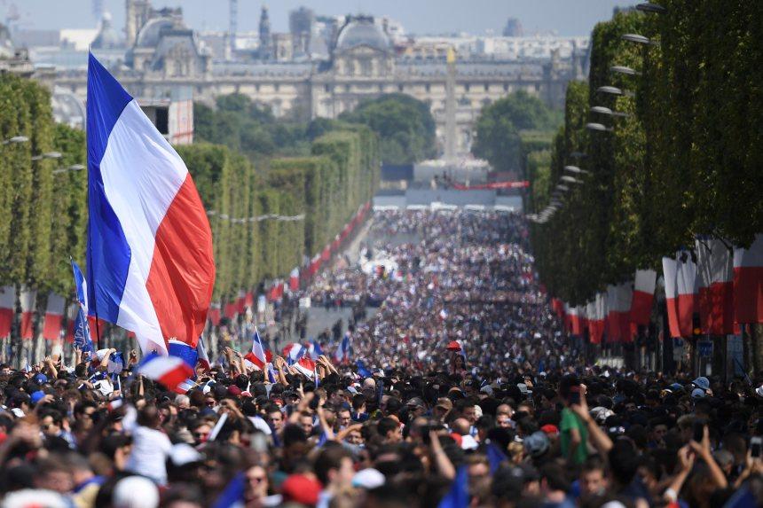 L'euphorie de la victoire se poursuit à Paris